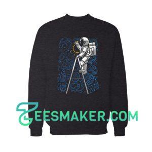 SpaceX Doodle Sweatshirt Astronaut NASA Art Size S - 3XL